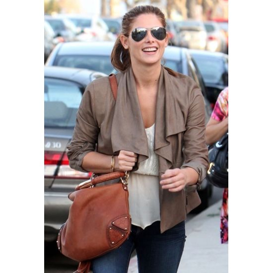 As Seen On - See what Sunglasses, Watches   Accessories celebrities ... cc233228a2